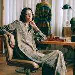 La voglia di natura di Momonì con abiti a stampa stagno e cappotti 'cocoon'